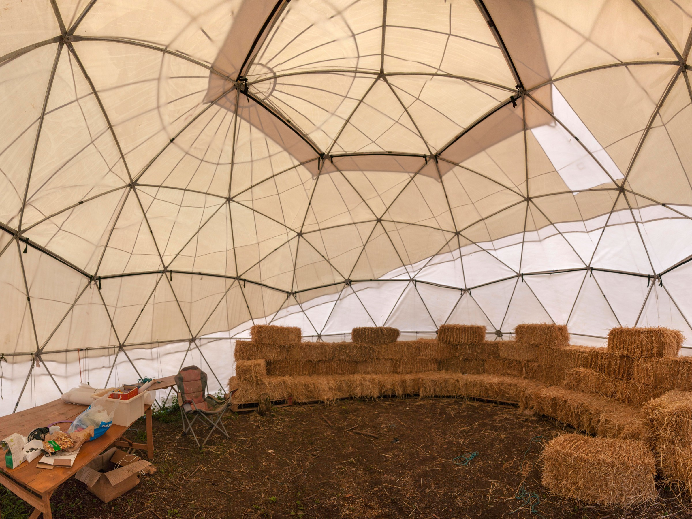 Dome-with-Straw-Bales-pano